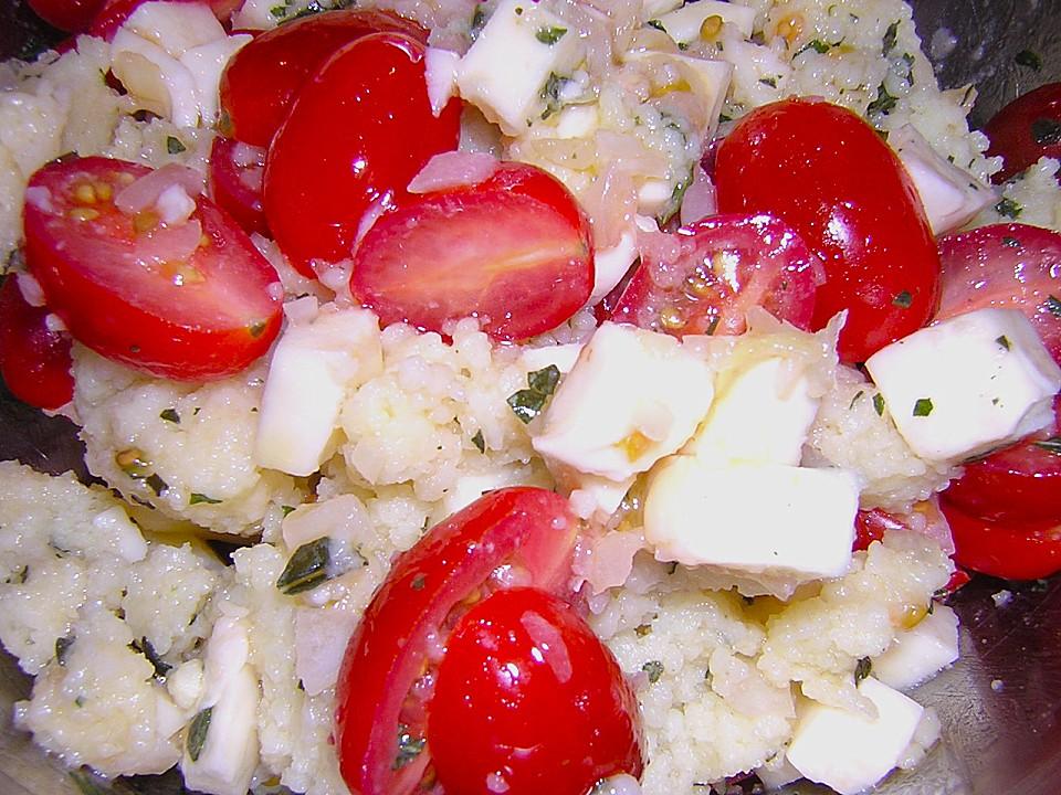 couscous salat mit tomaten mozarella von kunterbunt. Black Bedroom Furniture Sets. Home Design Ideas