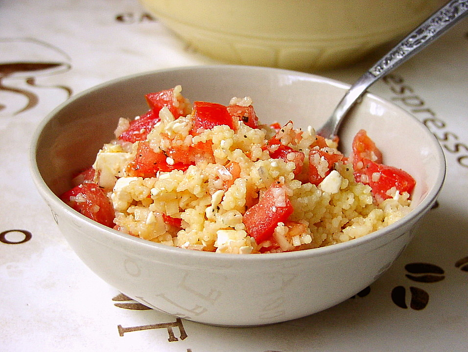 couscous salat mit tomaten mozarella rezept mit bild. Black Bedroom Furniture Sets. Home Design Ideas