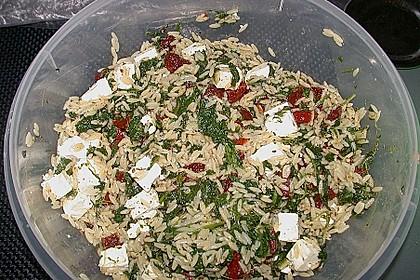 Spinat - Tomaten Nudelsalat