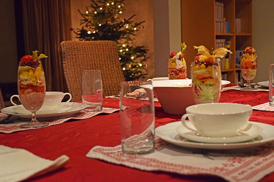 vegetarischer schichtsalat mit granatapfel und joghurtdressing rezept mit bild. Black Bedroom Furniture Sets. Home Design Ideas