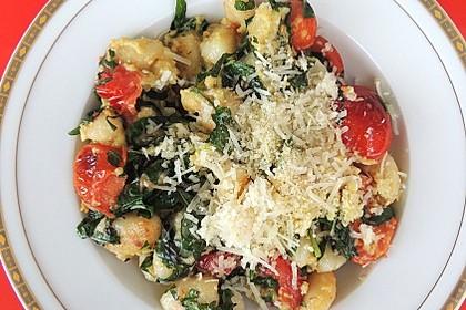 Gnocchi mit Avocado-Basilikum-Pesto 5