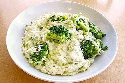 Hirse mit Brokkoli und Käse