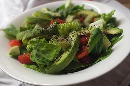 veganer salat mit avocado und pak choi von mainecoonkatze. Black Bedroom Furniture Sets. Home Design Ideas
