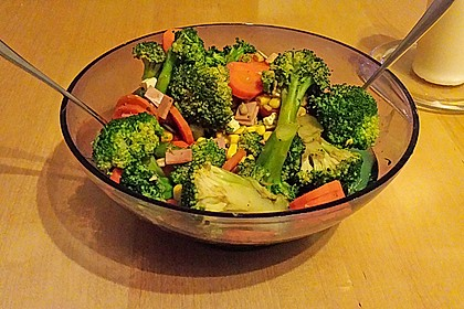 brokkoli salat mit feta von line87. Black Bedroom Furniture Sets. Home Design Ideas