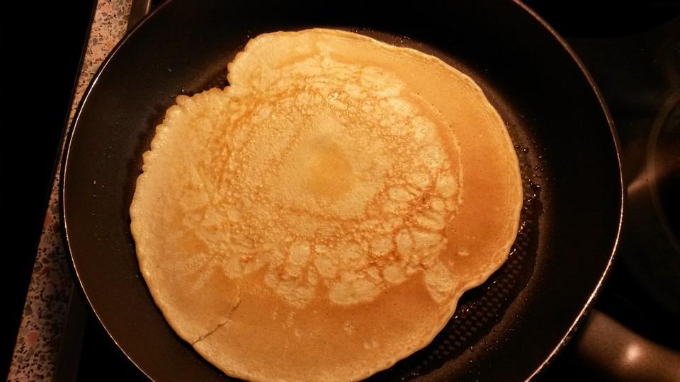 buttermilch pfannkuchen rezept mit bild von wendtle. Black Bedroom Furniture Sets. Home Design Ideas