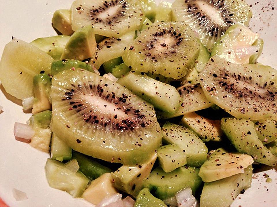 gurken kiwi salat rezept mit bild von schoferle. Black Bedroom Furniture Sets. Home Design Ideas