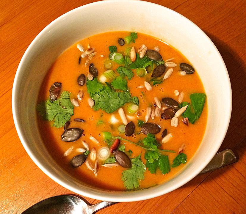 fruchtige curry kokos suppe rezept mit bild von. Black Bedroom Furniture Sets. Home Design Ideas