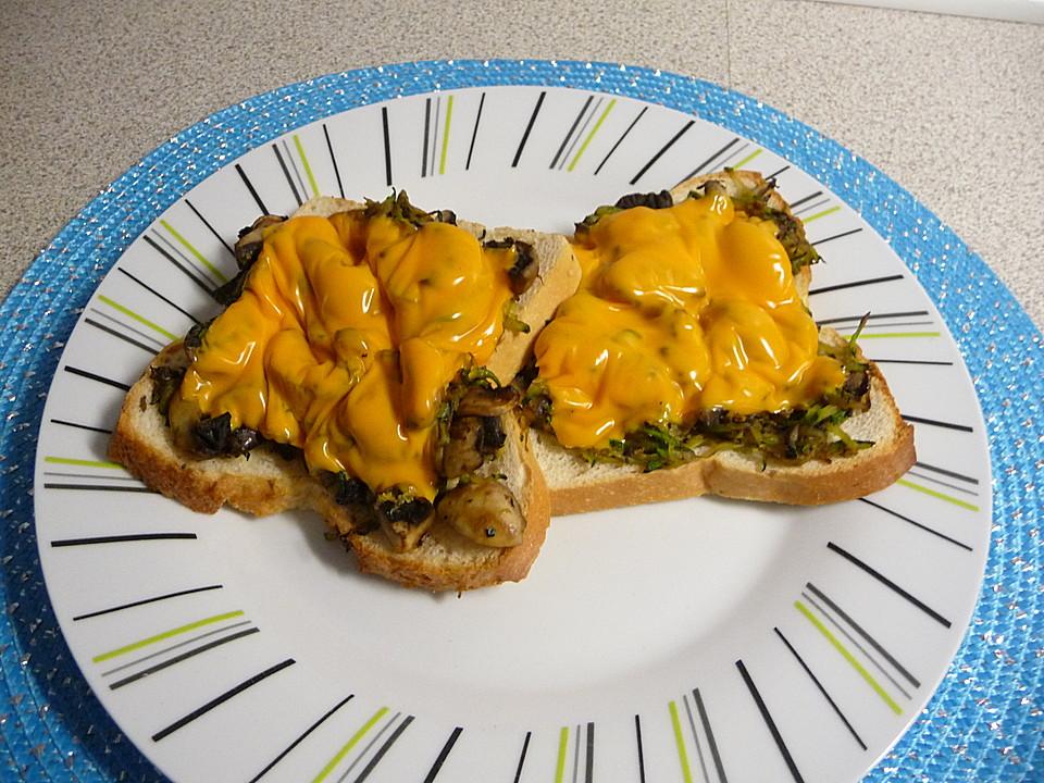 Champignon-Zucchini-Toast (Rezept mit Bild) von Aprilkaetzchen ...