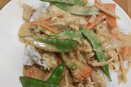 Thai Curry-Erdnuss-Kokos-Hühnchen