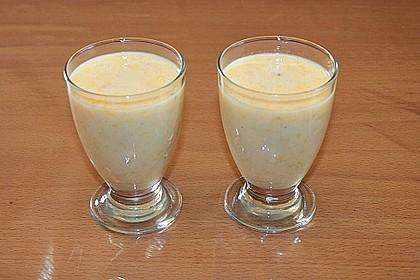 Orangen-Bananen-Buttermilch-Smoothie 11