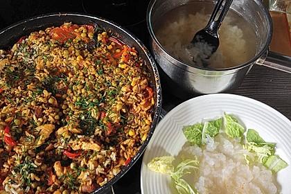 Shirataki mit Huhn nach asiatischer Art