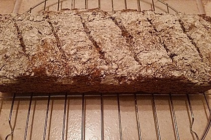 Glutenfreies schnelles, leckeres Ruck-Zuck Brot 6