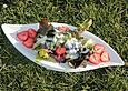 Eichblattsalat mit Erdbeeren in Joghurtdressing