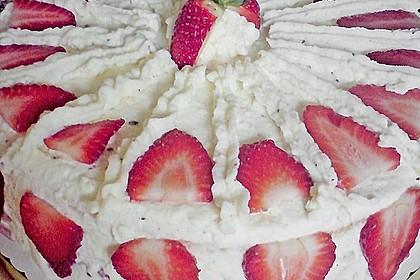 Erdbeertorte mit zarter Joghurtcreme 52