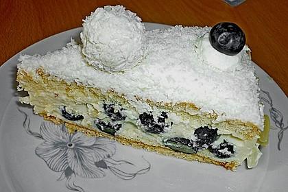 Erdbeertorte mit zarter Joghurtcreme 72