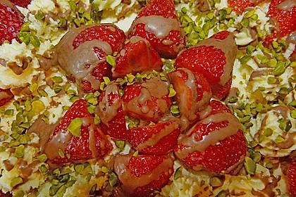 Erdbeertorte mit zarter Joghurtcreme 132