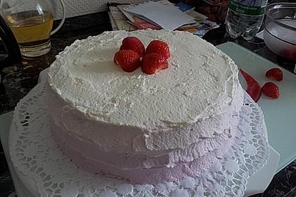 Erdbeertorte mit zarter Joghurtcreme 49