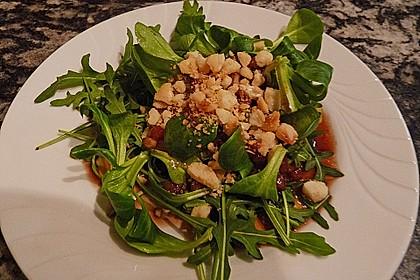 Feldsalat mit Macadamia Nüssen 1