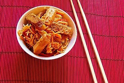 Asiatisch gebratene Nudeln süß - scharf, vegetarisch 3