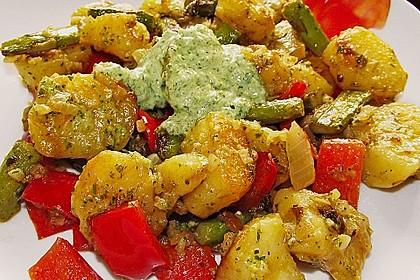 Grüner Spargel und neue Kartoffeln mit Bärlauch - Pesto 7