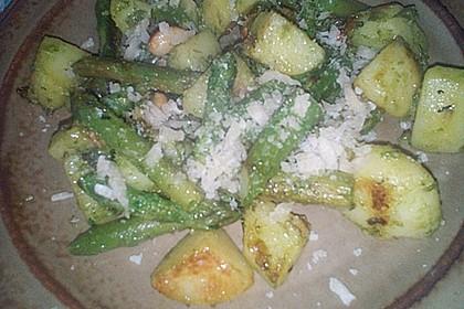 Grüner Spargel und neue Kartoffeln mit Bärlauch - Pesto 18