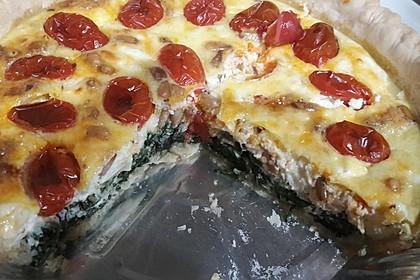 Quiche mit Spinat, Feta, Tomaten und Pinienkernen 8