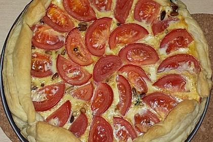 Quiche mit Spinat, Feta, Tomaten und Pinienkernen 26
