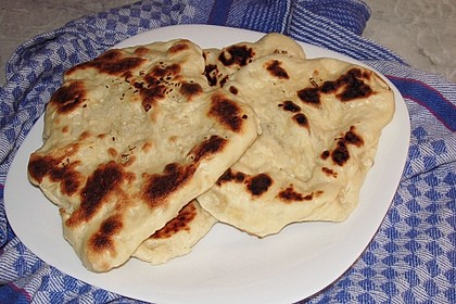 Fluffiges Naan Brot 10