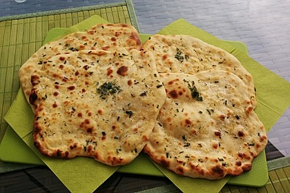 Fluffiges Naan Brot 7
