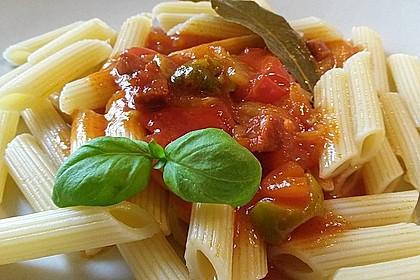 Tomatensauce mit Oliven und Kapern 1