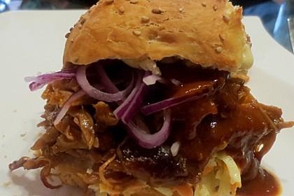 Pulled Pork Burger 3