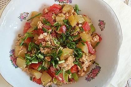 Kartoffelrührei mit Paprika und Tomaten