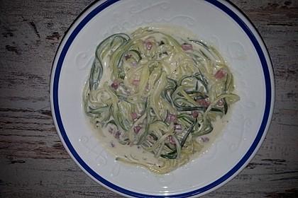 Zucchini-Spaghetti à la Carbonara 15