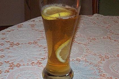 Bierbowle mit Zitronen