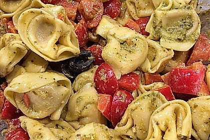 Tortellini-Pesto Salat 3