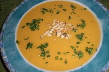 Süßkartoffel–Erdnuss-Suppe 26