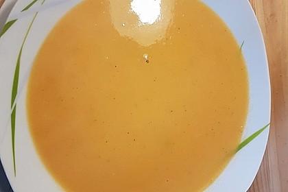 Süßkartoffel–Erdnuss-Suppe 34