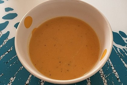 Süßkartoffel–Erdnuss-Suppe 31