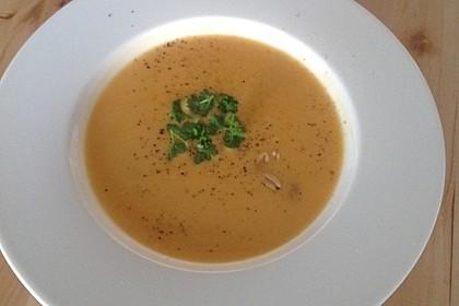Süßkartoffel–Erdnuss-Suppe 9