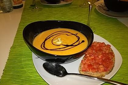 Süßkartoffel–Erdnuss-Suppe 4