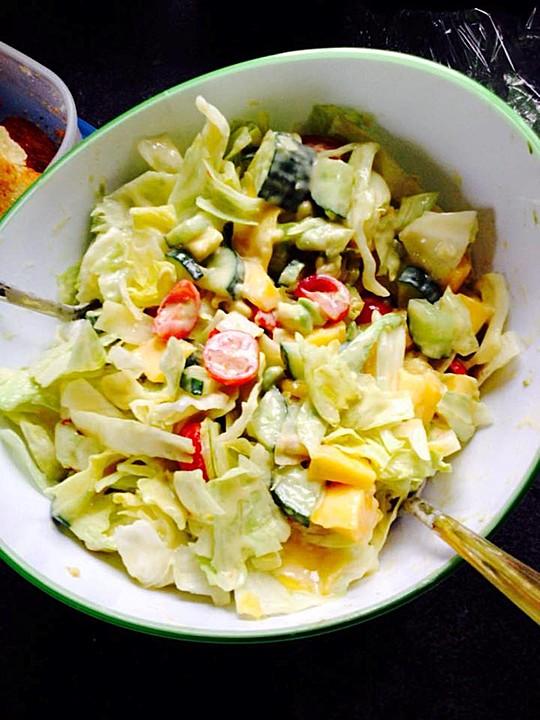 Mango avocado salat mit datteln rezept mit bild for Datteln deko