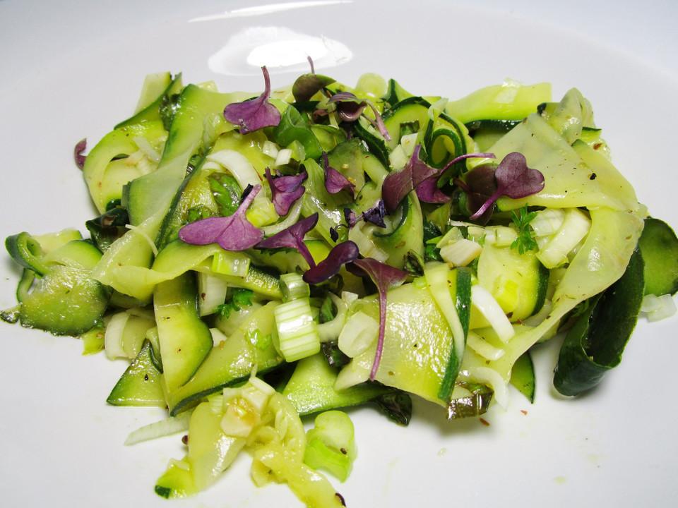 zucchini salat rezept mit bild von polyrisos. Black Bedroom Furniture Sets. Home Design Ideas