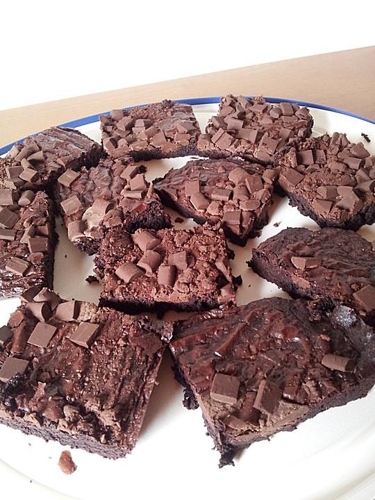 schnelle kakao brownies rezept mit bild von chefkoch video. Black Bedroom Furniture Sets. Home Design Ideas