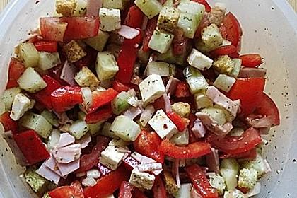 Bunter Sommersalat griechische Art