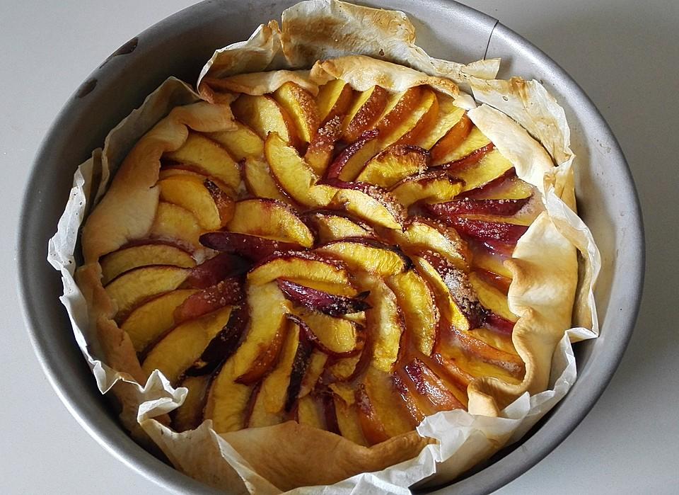 schneller pfirsich nektarinen kuchen rezept mit bild. Black Bedroom Furniture Sets. Home Design Ideas