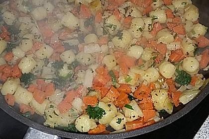 Gefüllte Putenbrust-Filets mit Gnocchi-Gemüsepfanne 3