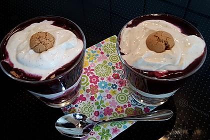 Heidelbeer Amarettini Dessert 19