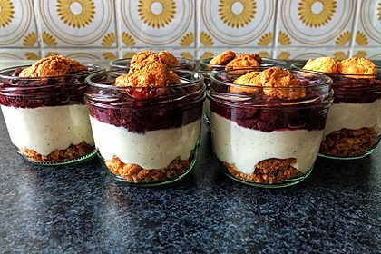 Heidelbeer Amarettini Dessert 5