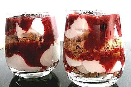 Heidelbeer Amarettini Dessert 11