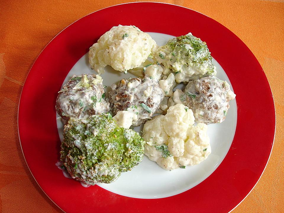 lauwarmer blumenkohl brokkoli salat mit hackb llchen rezept mit bild. Black Bedroom Furniture Sets. Home Design Ideas